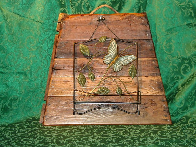 Butterfly-cookbook-wood-b