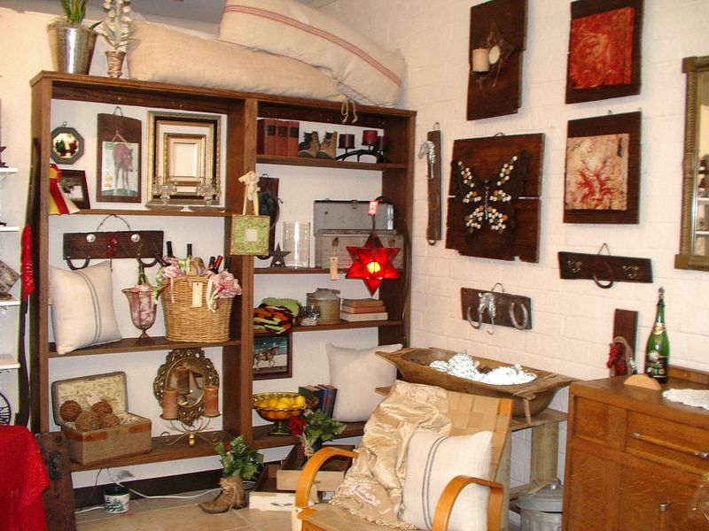 Nans Place Store 012